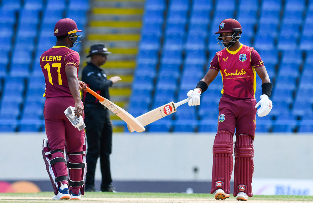 West Indies beat Sri Lanka by 8 wickets in 1st ODI